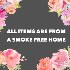 ALL ITEMS ARE FROM A SMOKE FREE HOME💗